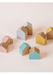 A set of wooden toy houses BIG WOODEN HOUSES